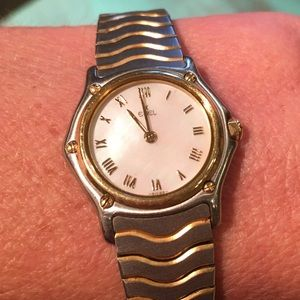 Ebel Classic Wave 18kt 750 Gold Watch